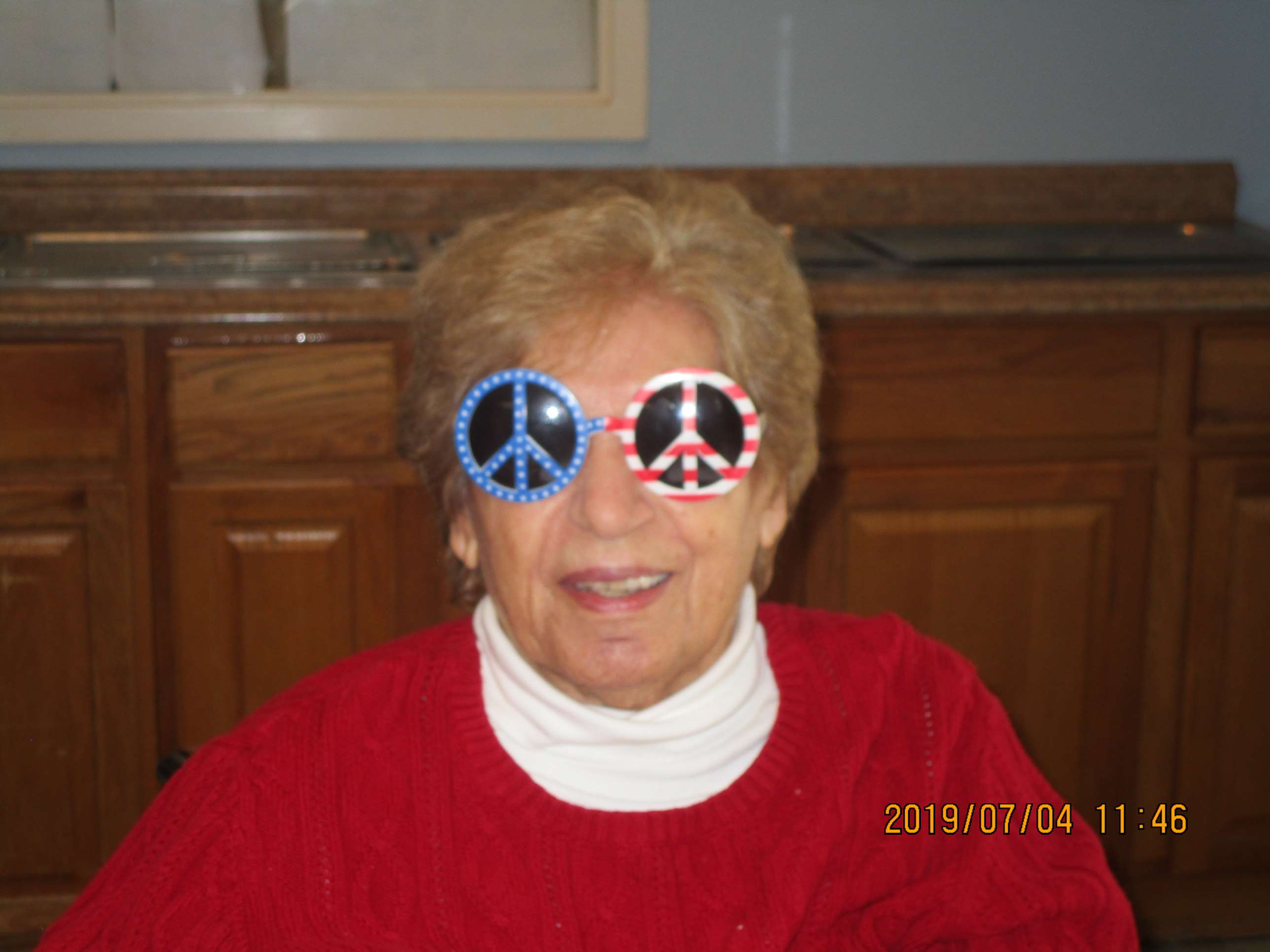 crystal lake rehab celebrate the 4th breakfast america sunglasses